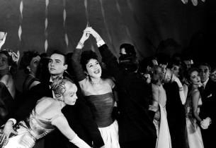 Ethel Merman with cast members (Virginia Gibson on left)