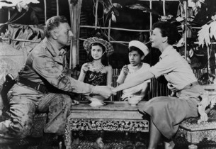 Ezio Pinza, Barbara Luna, Michael de Leon, and Mary Martin in the final scene