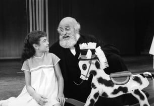 Valerie Lee and Laurence Naismith (Photo: Friedman-Abeles, from the Didier C. De