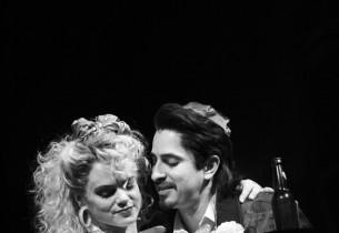 Holly (Amy Spanger) & Sammy (Matthew Saldivar) (Photo: Joan Marcus)