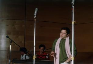David Loud, Jim Walton (at keyboard), Jason Alexander