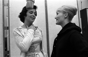 Eileen Rodgers and Margery Gray (Photo: Don Hunstein)