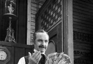 David Burns (counting money)