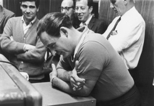 Sid Caesar listening to playback (Photo: Marvin Lichtman)