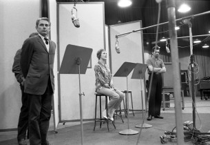 John Cullum, Julie Andrews, and Bruce Yarnell