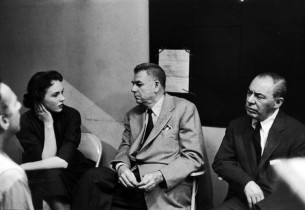 Julie Andrews with Oscar Hammerstein II and Richard Rodgers