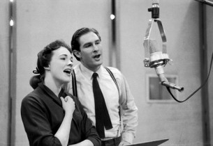 Julie Andrews and Jon Cypher