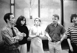 Joel Grey, Jamie Donnelly, Bernadette Peters, Jerry Dodge and Betty Ann Grove (P