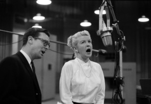 Russell Nype and Elaine Stritch (Photo: Don Hunstein)