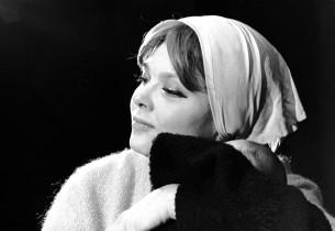 Barbara Harris (Photo: Don Hunstein)