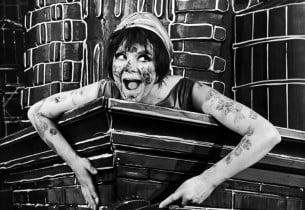 Barbara Harris as Ella (Photo: Friedman-Abeles)