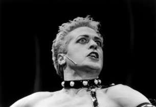 Tom Hewitt as Frank'n'Furter