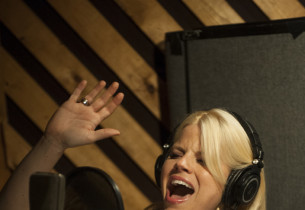Megan Hilty (Photo: C. Taylor Crothers, © 2012 Sony Music Entertainment)