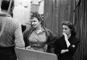 Shirley Booth and Monte Amundsen (Photo: Don Hunstein)