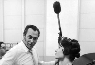 Howard Keel and Carol Lawrence