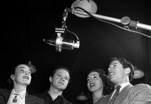Patricia Morison, Alfred Drake, Lisa Kirk and Harold Lang (Photo: Eileen Darby/G