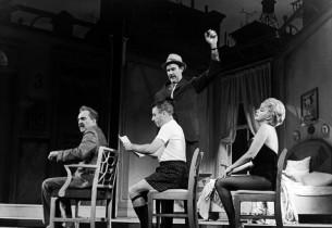 Sam Levene, George Gobel, Barbara Nichols, Albert Linville (standing)