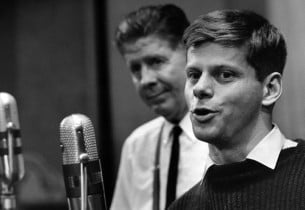 Rudy Vallee and Robert Morse (Photo: Friedman-Abeles)