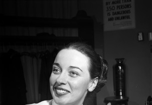 Patricia Morison (Photo: Eileen Darby/Graphic House)