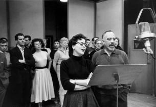 Eileen Rodgers, Edward Platt and cast (Photo: Guy Gillette)