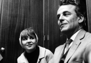 Barbara Harris and Alan Jay Lerner (Photo: Henri Dauman)