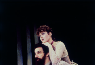 Mandy Patinkin (Georges Seurat) and Bernadette Peters (Dot) (Photo: Martha Swope