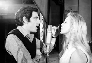Anthony Newley and Joyce Jillson (Photo: Henri Dauman)