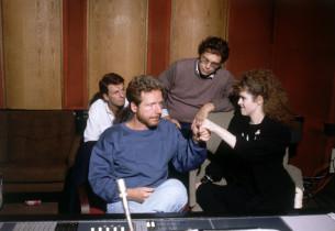 Bernadette Peters in the studio (Photo:Henry Grossman)