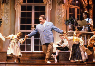 Fred Applegate (Max) and the children at play