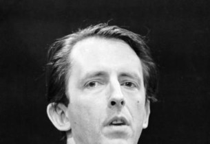 Fritz Weaver (Photo: Don Hunstein)