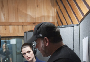 Kate Shindle receives vocal direction from Frank Wildhorn (Photo:Jimmy Asnes)