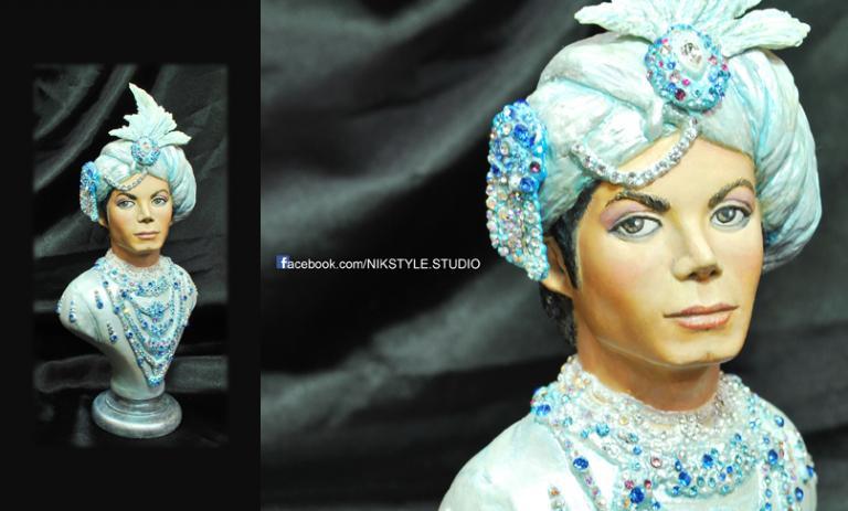 Arabian Prince statue