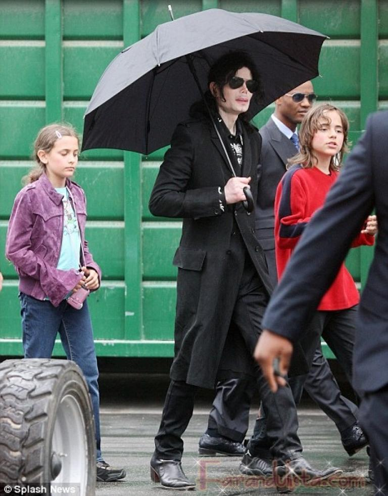 michael-jackson-children.jpg