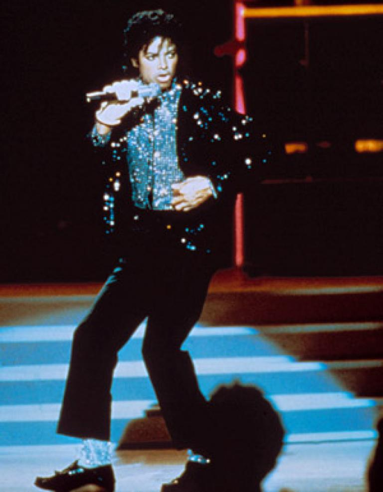 michaeljackson_motown_moonwalk_1983_0.jpg