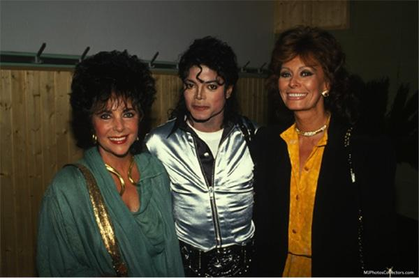 Michael with Elizabeth Taylor and Sophia Loren