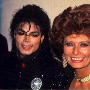 ANOTHER REASON MICHAEL IS THE #KING: