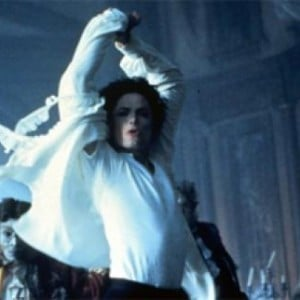 michael-jackson-ghosts-short-film1-e1376728241438
