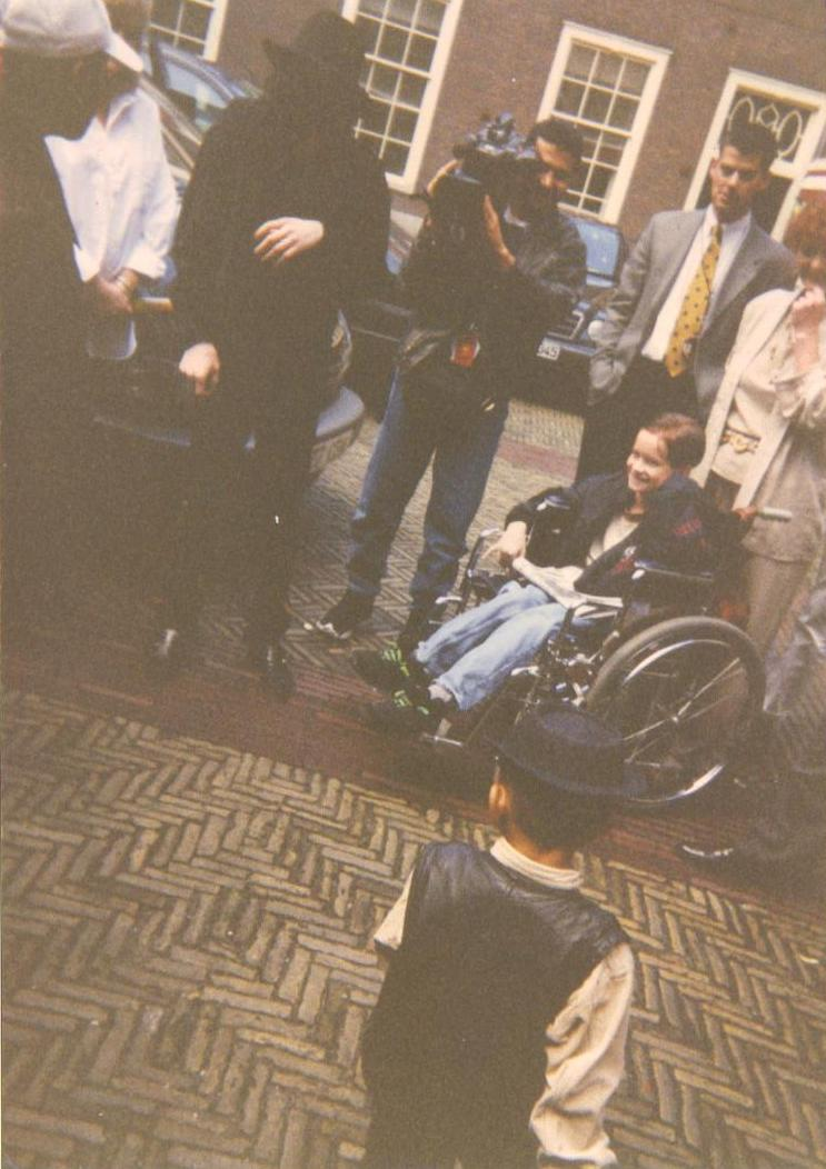 6a398d4ff9f98f Michael Jackson In Amsterdam Hotel The Grand 1996 | Michael Jackson ...