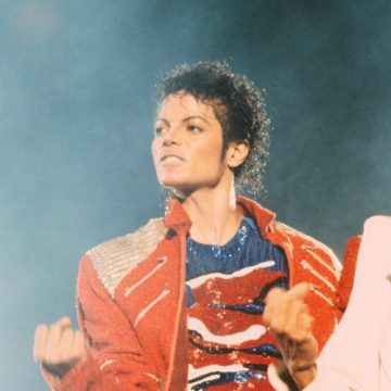 """Beat It"" – Victory Tour"
