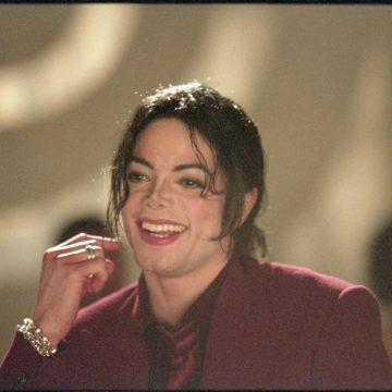 Michel-Jackson-Blood-on-the-dance-floor