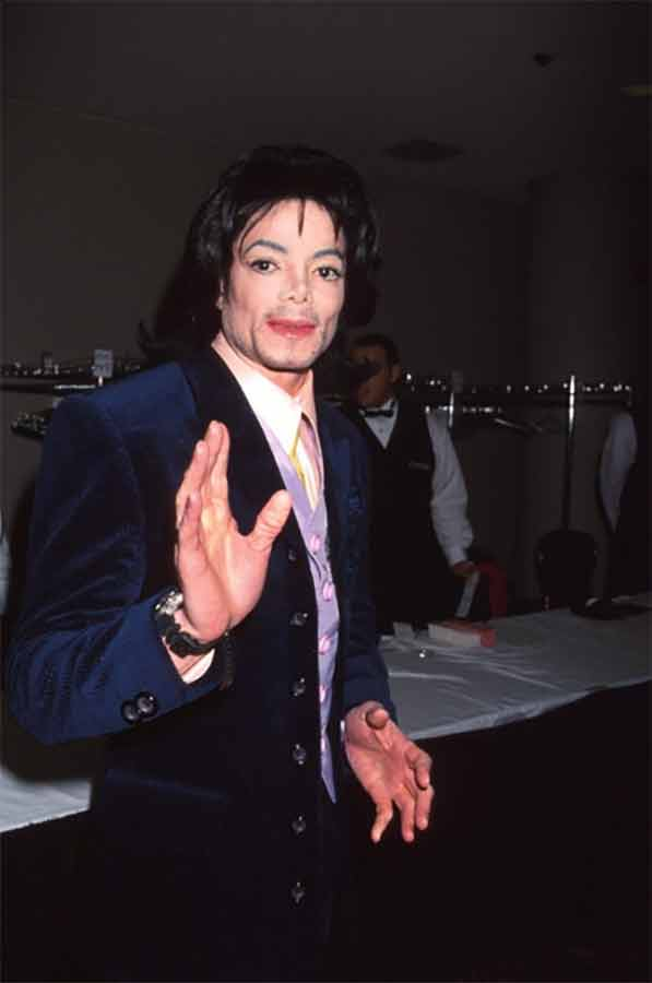 """The G&P Foundation Honored Michael Jackson at the 2000 """"Angel Ball"""""""