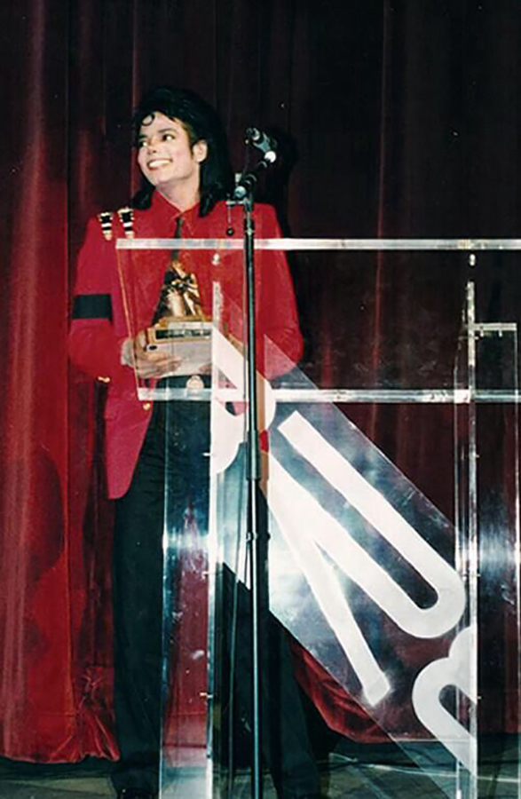 Black Radio Exclusive Magazine Recognized Michael Jackson As An Outstanding Humanitarian
