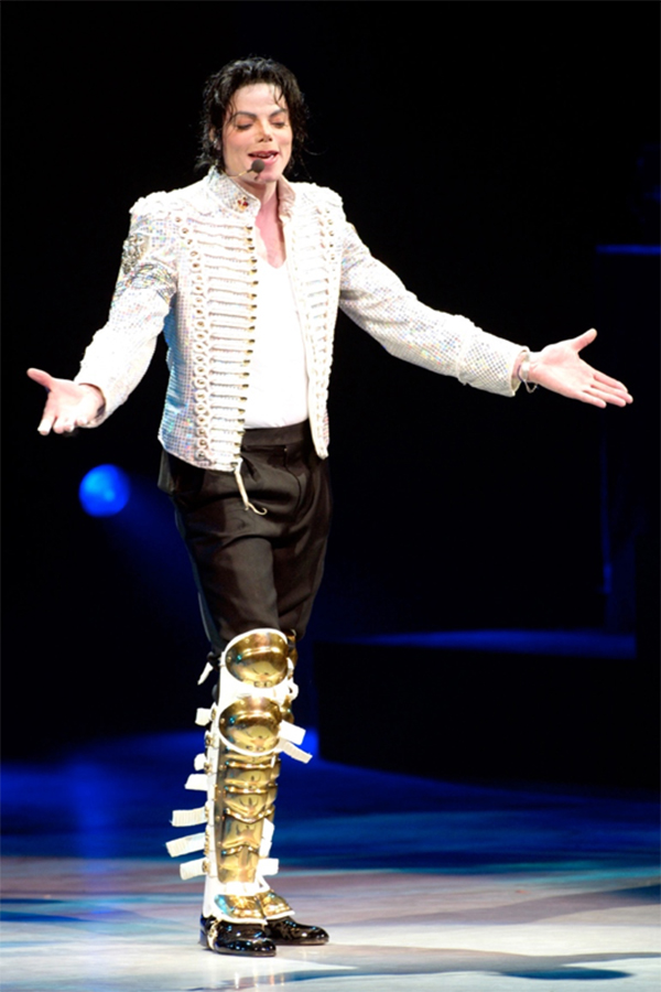 "In 2002, MJ Performed At ""A Night At The Apollo"" To Encourage Voter Registration"