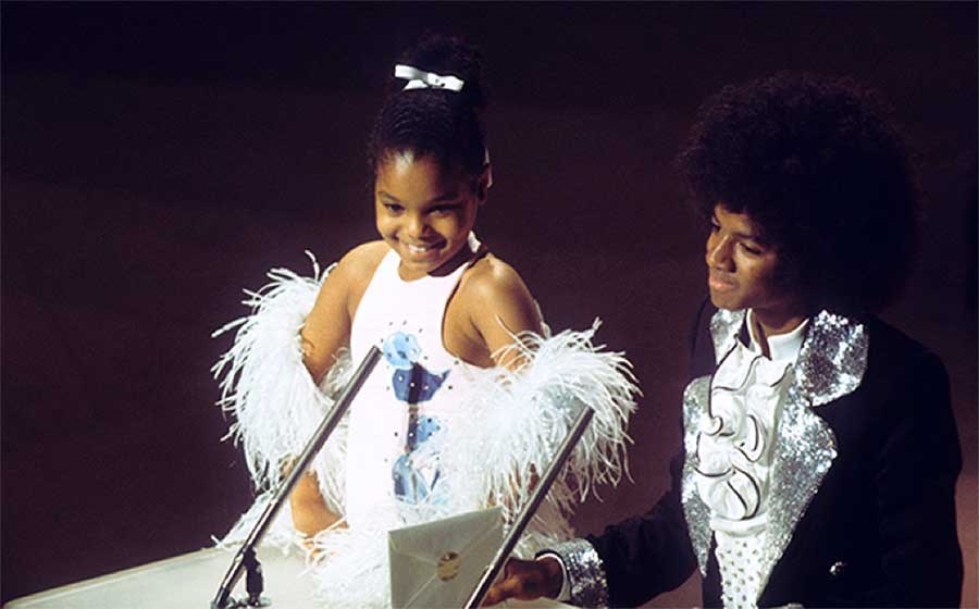 MJ & Janet Jackson At The American Music Awards In 1975