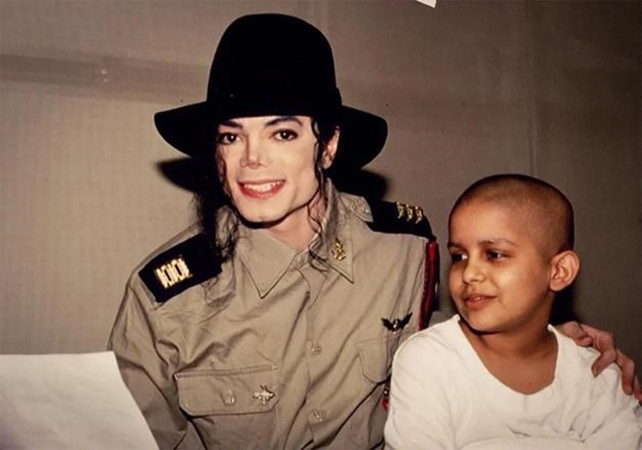 Michael Jackson Spent His Days Off Tour Visiting The Sick In Hospitals