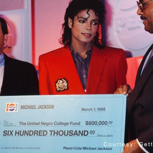 Michael Jackson donates 0,000 to United Negro College Fund March 1, 1988
