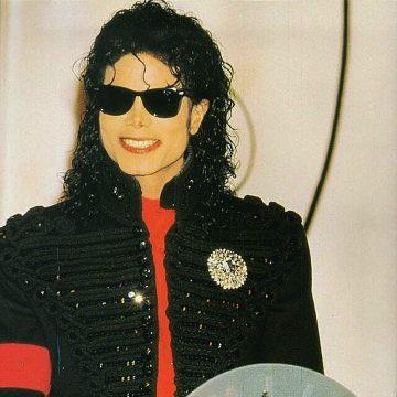 Michael wins Artist of the Decade Award