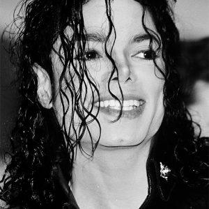 Michael Jackson Pledged alt=