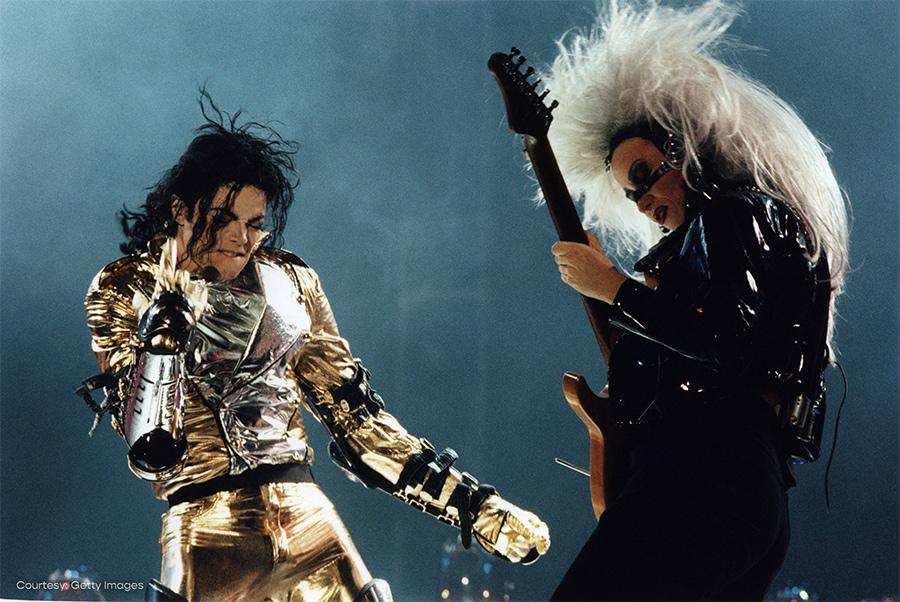 Michael Jackson and Jennifer Batten perform at Amsterdam Arena on HIStory World Tour June 1997