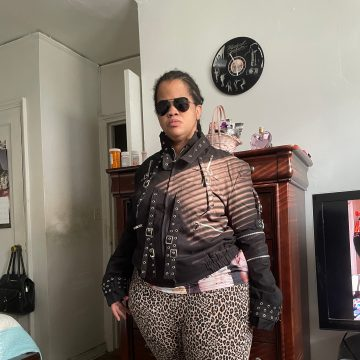 Latoracoltoff wearing michael Jackson jacket